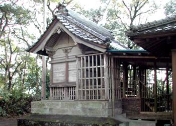 箱崎神社本殿附宮殿