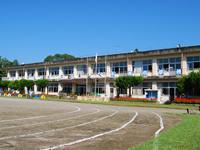 牛尾小学校