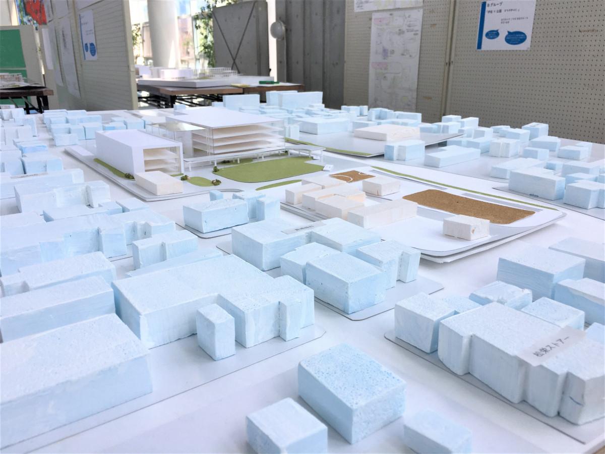 新庁舎周辺のまちづくりを題材とした学生作品の展示(※展示期間延長)